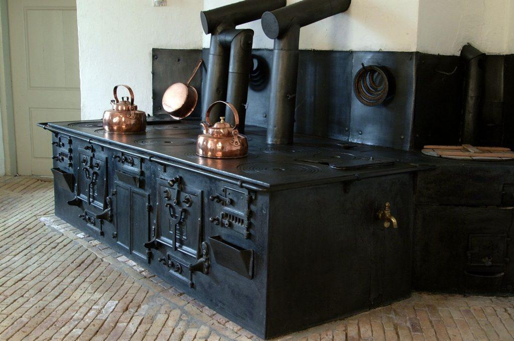Det gamle komfur på Reventlow-museet Pederstrup