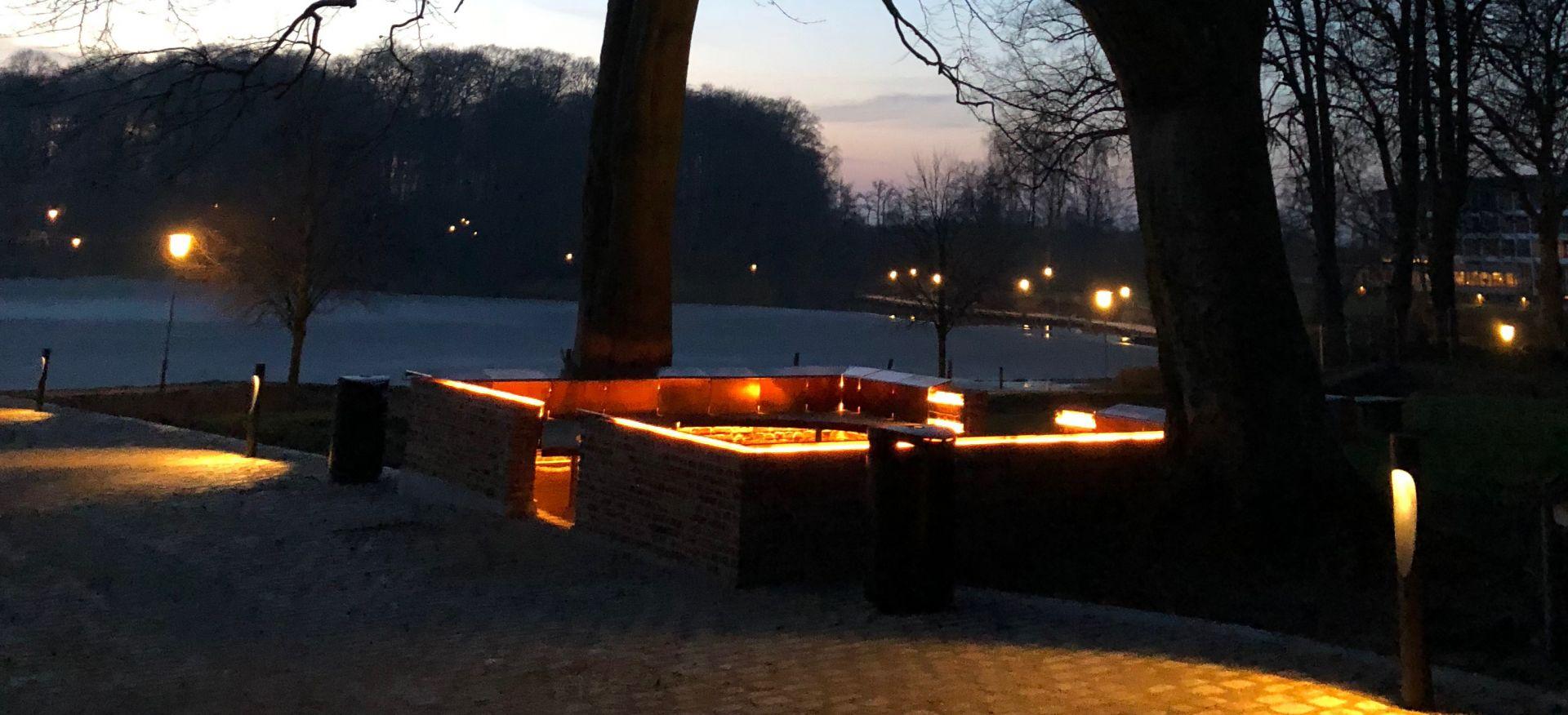 Klosterruinen sent om aftenen